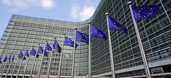 Διαψεύδει η Κομισιόν ότι εξέδωσε ταξιδιωτική οδηγία για την Ελλάδα