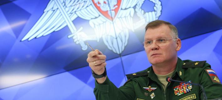 Ο εκπρόσωπος του ρωσικού υπ. Αμυνας (Φωτογραφία: AP/ Kirill Zykov)