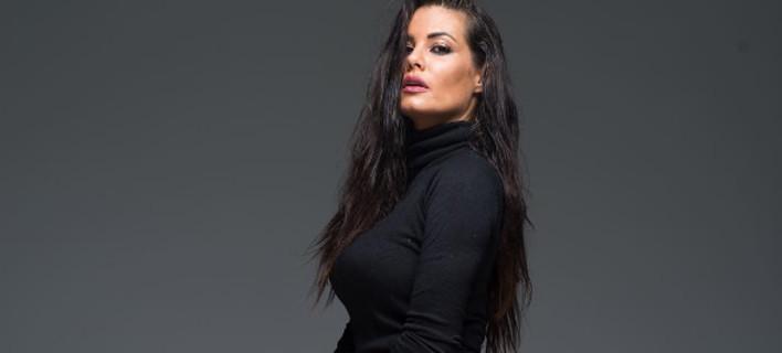 Η Μαρία Κορινθίου πόσταρε τα γυμνά της οπίσθια στο instagram, χωρίς ρετούς, μετά από σχόλια για το εξώφυλλο περιοδικού ! (ΦΩΤΟ)