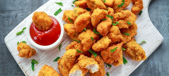 Μπορείτε να τρώτε κοτομπουκιές και να πληρώνεστε (Φωτογραφία: Shutterstock)
