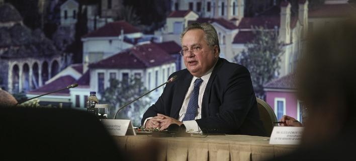 Ο Κοτζιάς εξηγεί τι θα γίνει στο Σκοπιανό -Δεν αποκλείει σύγκληση συμβουλίου πολιτικών αρχηγών