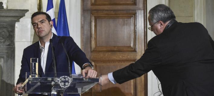 Ο Αλέξης Τσίπρας με τον Νίκο Κοτζιά/ Φωτογραφία: EUROKINISSI- ΤΑΤΙΑΝΑ ΜΠΟΛΑΡΗ