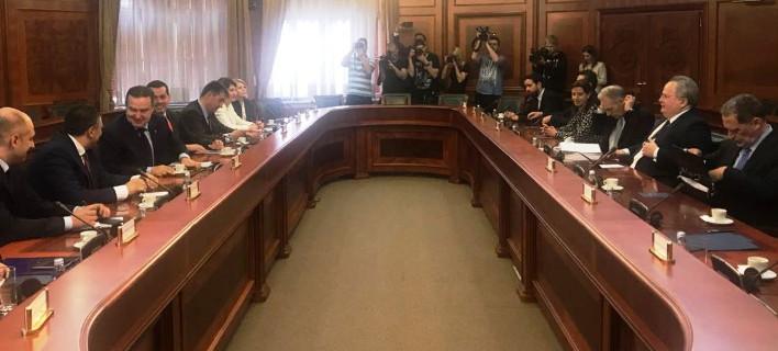 Σέρβος ΥΠΕΞ: Υποστηρίζουμε τις θέσεις της Ελλάδας σε όλα τα θέματα της περιοχής