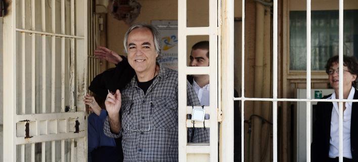 Αντιδράσεις από ΗΠΑ και Βρετανία για την άδεια Κουφοντίνα -Ατιμάζει τη μνήμη των θυμάτων, προκαλεί βαθιά απογοήτευση