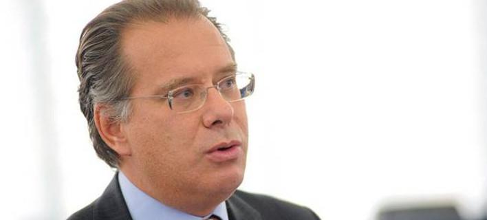Κουμουτσάκος για ΕΣΡ: Αυταρχισμός της κυβέρνησης, διαταράσσει τη λειτουργία του Κράτους Δικαίου