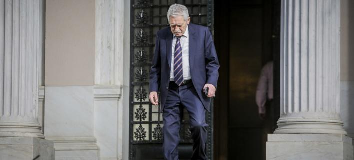 Ο Κουβέλης μετά τον αιφνιδιασμό από την απελευθέρωση των δύο στρατιωτικών μιλάει για μεθοδικές κινήσεις της κυβέρνησης