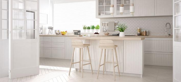 Κουζίνα σε λευκούς τόνους/Φωτογραφία Shutterstock