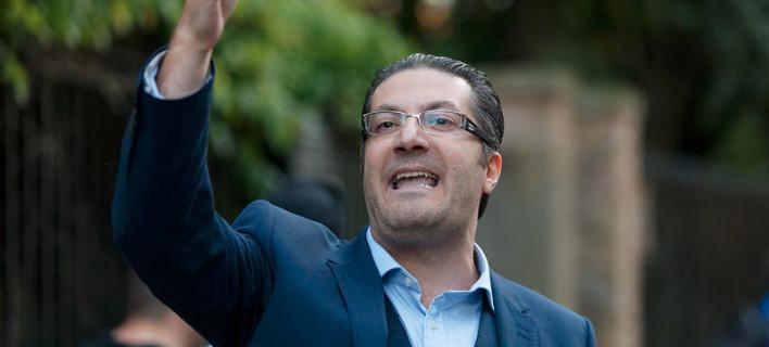 Λονδίνο: «Γιατί αποδοκιμάσαμε τον Τσίπρα» -Τι δηλώνει ο Ελληνας που φώναξε «προδότη» τον πρωθυπουργό