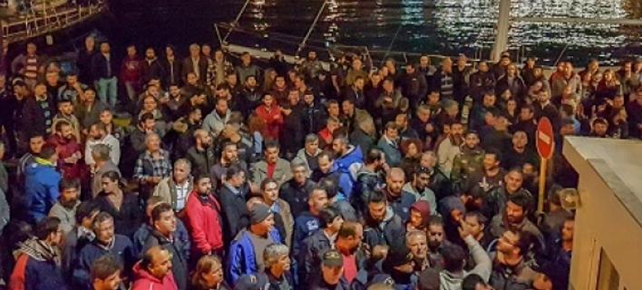 To πρωί αναχωρεί το πλοίο ασφαλείας με τα αγροτικά προϊόντα της Κρήτης