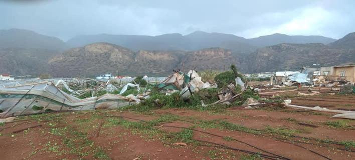 Υδροστρόβιλος προκάλεσε τεράστιες ζημιές στη Σητεία -Ισοπέδωσε θερμοκήπια, ξερίζωσε δέντρα [εικόνες]