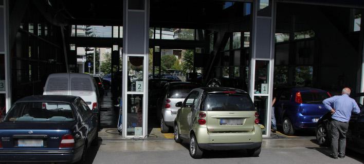 Ποια οχήματα πρέπει να περάσουν από ΚΤΕΟ -Φωτογραφία: EUROKINISSI/ΣΩΤΗΡΗΣ ΔΗΜΗΤΡΟΠΟΥΛΟΣ