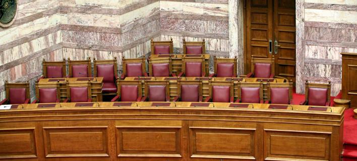 Πάσχα με... ψηφοφορίες:  Λίγο πριν ή αμέσως μετά τα μέτρα θα πάνε στη Βουλή