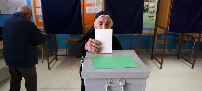 Κυπριακές εκλογές: Την Τετάρτη το debate Aναστασιάδη-Μαλά