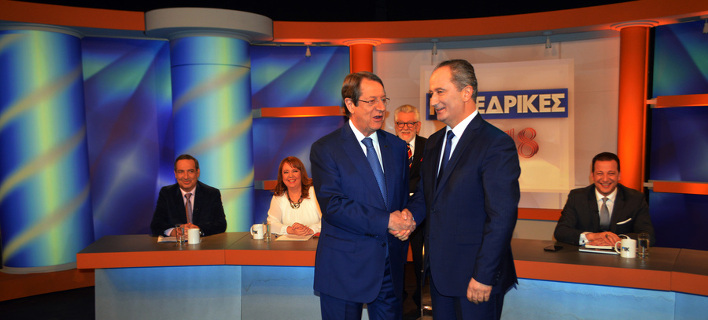Οι δύο διεκδικητές στο δεύτερο γύρο των προεδρικών εκλογών στην Κύπρο, Νίκος Αναστασιάδης και Σταύρος Μαλάς/ Φωτογραφία: ΑΠΕ-ΜΠΕ