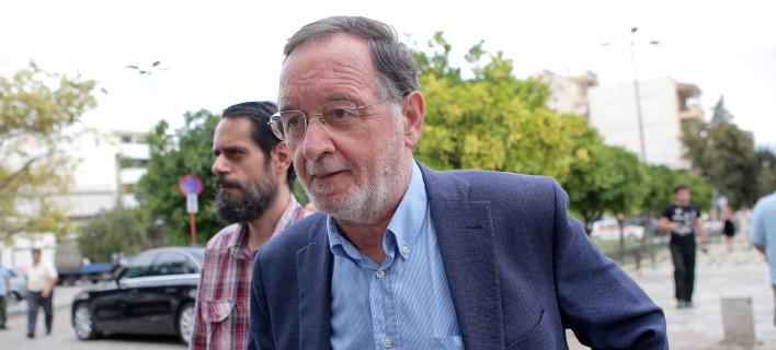 Λαφαζάνης: Αντί για φιέστες, η κυβέρνηση ετοιμάζει διαγγέλματα που μοιάζουν με μνημόσυνο