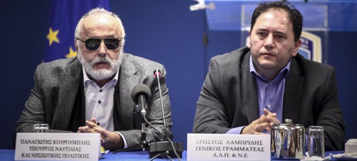 Ο Χρήστος Λαμπρίδης (δεξιά) με τον Παναγιώτη Κουρουμπλή (Φωτογραφία: EUROKINISSI/ΣΩΤΗΡΗΣ ΔΗΜΗΤΡΟΠΟΥΛΟΣ)