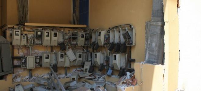Καρέ καρέ η βομβιστική επίθεση στη Λάρισα -Οι δράστες ισοπέδωσαν μια γειτονιά [εικόνες]