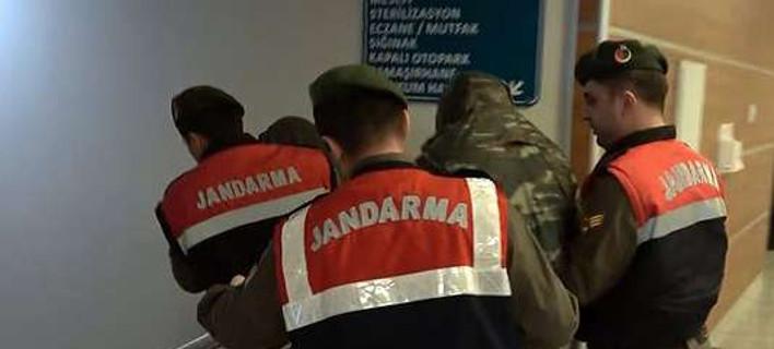 Le Monde: Ο Καμμένος ζήτησε βοήθεια από την ΕΕ για τους 2 στρατιωτικούς, πήρε απλές ευχές