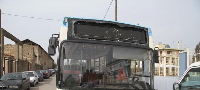 Παραλίγα τραγωδία στην Ηλεία - Αγνωστος άνοιξε πυρ κατά λεωφορείου γεμάτο με μαθ
