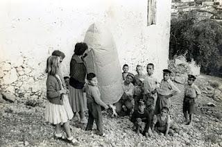Τα πολύχρωμα αερόστατα στο Λεωνίδιο: Η ιστορία ενός από τα ομορφότερα πασχαλινά έθιμα (Photos)