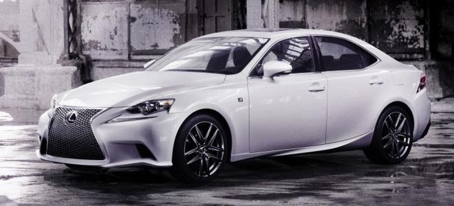 Η νέα εντυπωσιακή Lexus IS φωτογραφίζεται για τα μάτια σας μόνο [εικόνες]