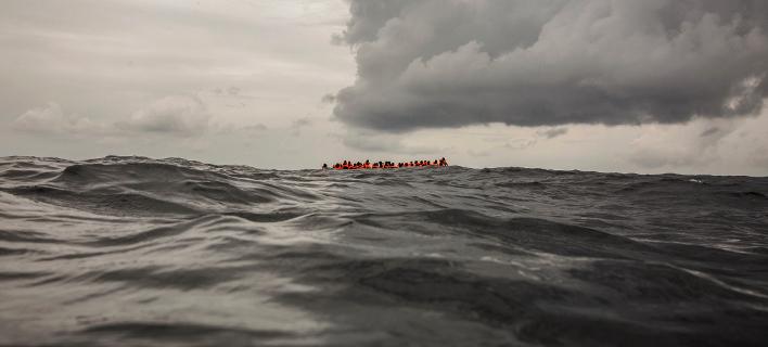 Σε μόλις μία ημέρα διασώθηκαν 450 μετανάστες στα ανοικτά της Λιβύης