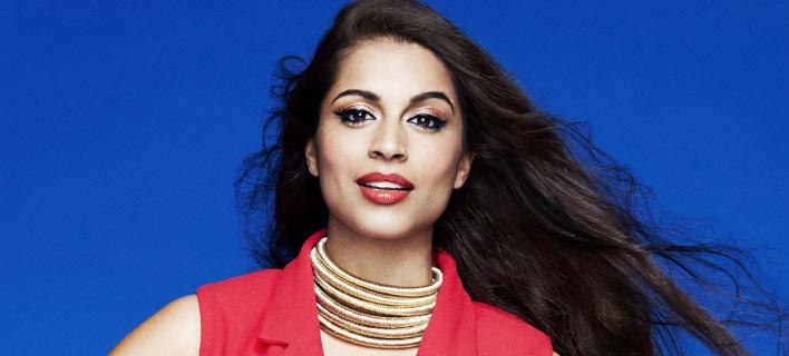 Lilly Singh: Nίκησε την κατάθλιψη και έγινε ένα από τα πιο σημαντικά πρόσωπα στo internet