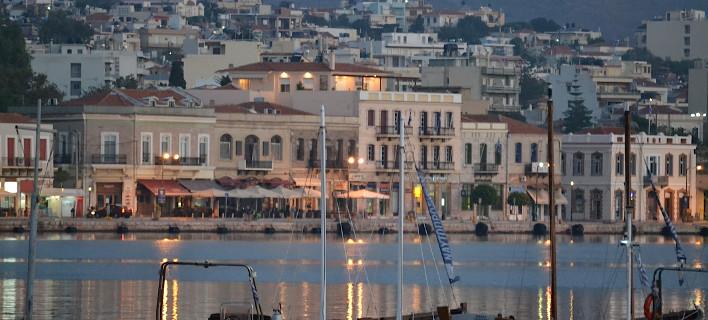 Απίστευτο φιάσκο: Στη Χίο έχασαν τους μετανάστες που θα έστελναν στην Τουρκία