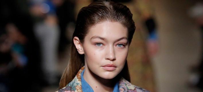 6 πράγματα που κάνουν τα μαλλιά σου λιπαρά (και δεν είναι ο ιδρώτας)