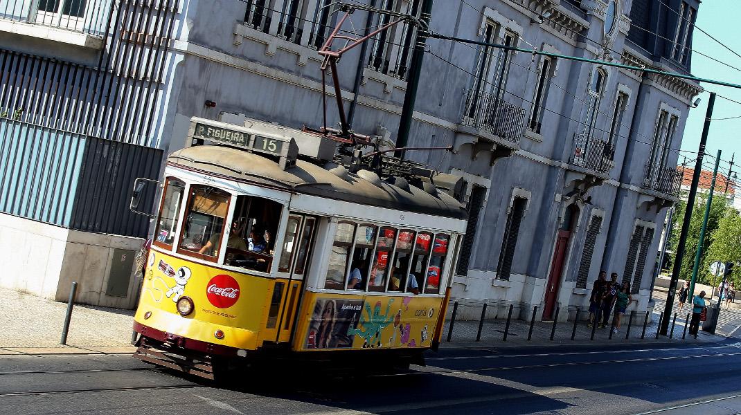 Στιγμές της καθημερινότητας στη μαγική Λισαβόνα -Φωτογραφία: Intimenews/Villa Costa