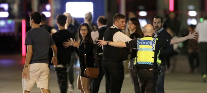 Λονδίνο: Οδηγός ταξί προσπάθησε να σταματήσει μόνος του τους τρομοκράτες [εικόνες & βίντεο]