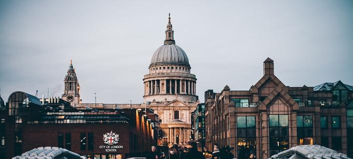 Στη γέφυρα του Λονδίνου/Φωτογραφία: Pixabay