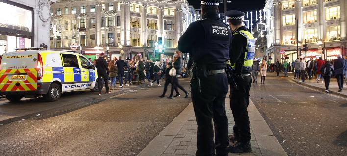 Λονδίνο: Αυτοκίνητο έπεσε πάνω σε πεζούς -5 τραυματίες, οι 2 σοβαρά