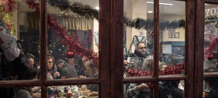 Στις 22 Δεκεμβρίου η δεύτερη κλήρωση -Από 1.000 ευρώ στους τυχερούς /Φωτογραφία: Konstantinos Tsakalidis / SOOC