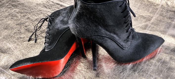 Δικαίωση για τον Christian Louboutin -Και με τη βούλα πατέντα του η κόκκινη σόλα