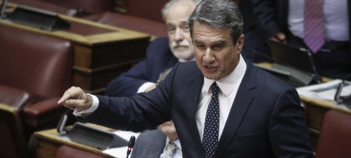 Λοβέρδος: Να καταθέσει άμεσα η κυβέρνηση το επίσημο κείμενο της συμφωνίας με την ΠΓΔΜ