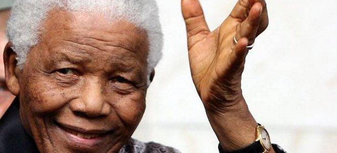 Χάνει τη διάυγεια του ο Νέλσον Μαντέλα - Πάσχει από λοίμωξη στους πνεύμονες