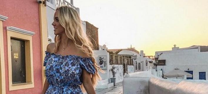 Η Σνάιντερ «διαφημίζει τα ελληνικά νησιά στα social media (Φωτογραφία: Instagram)