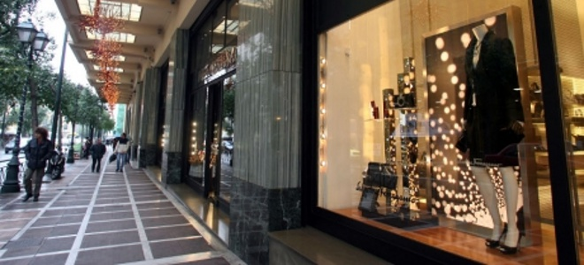 Eξι Κυριακές και όχι 52 θέλει ανοιχτά τα μαγαζιά ο Εμπορικός Σύλλογος Αθηνών