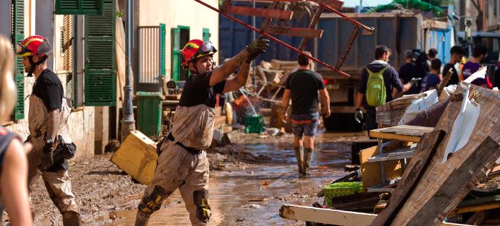 Πλημμύρες στη Μαγιόρκα (Φωτογραφία: AP Photo/Francisco Ubilla)