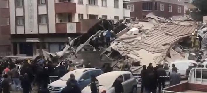 Τουρκία: Κατάρρευση κτιρίου στην Κωνσταντινούπολη -Πληροφορίες για τουλάχιστον ένα νεκρό