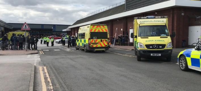 Αυτοκίνητο έπεσε πάνω σε πεζούς στο Μάντσεστερ -Εξι τραυματίες, συνελήφθη ο 80χρονος οδηγός