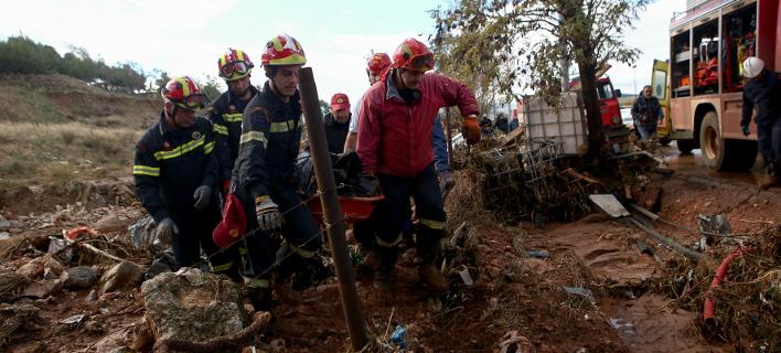 Μάνδρα: Εντοπίστηκε ένας ακόμη νεκρός, στα 21 τα θύματα /Φωτογραφία: Intime News