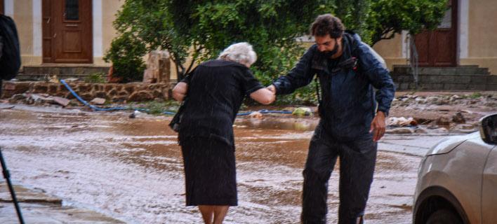 Πλημμύρες στη Μάνδρα/Φωτογραφία: Eurokinissi