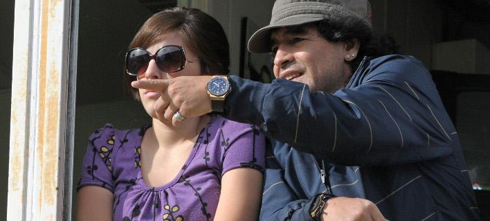 Ο Μαραντόνα και η κόρη του, Ντάλμα (Φωτογραφία: AP/ Daniel Luna)