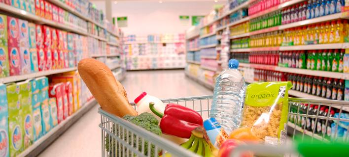 Σταθερές οι πωλήσεις, μειωμένα τα κέρδη των σούπερ μάρκετ