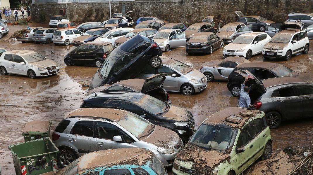 Μετά τις πυρκαγιές, οι πλημμύρες -Είναι θαύμα που δεν θρηνήσαμε νεκρούς στο Μαρούσι -Φωτογραφία: Intimenews/ΛΙΑΚΟΣ ΓΙΑΝΝΗΣ
