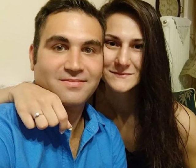 Η Εύη Χαβαλέ και ο Λάμπρος Κόκκαλης είναι μαζί δέκα χρόνια. Γνωρίστηκαν στο Πανεπιστήμιο Θεσσαλίας που ήταν συμφοιτητές. Είναι και οι δύο ιστορικοί.