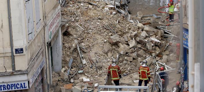 Και όγδοη σορός ανασύρθηκε από τα ερείπια των κτιρίων που κατέρρευσαν/ φωτογραφία: ap