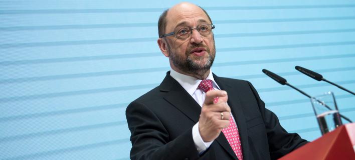 Ανησυχία στο κόμμα της Μέρκελ για τη δημοσκοπική άνοδο Σουλτς